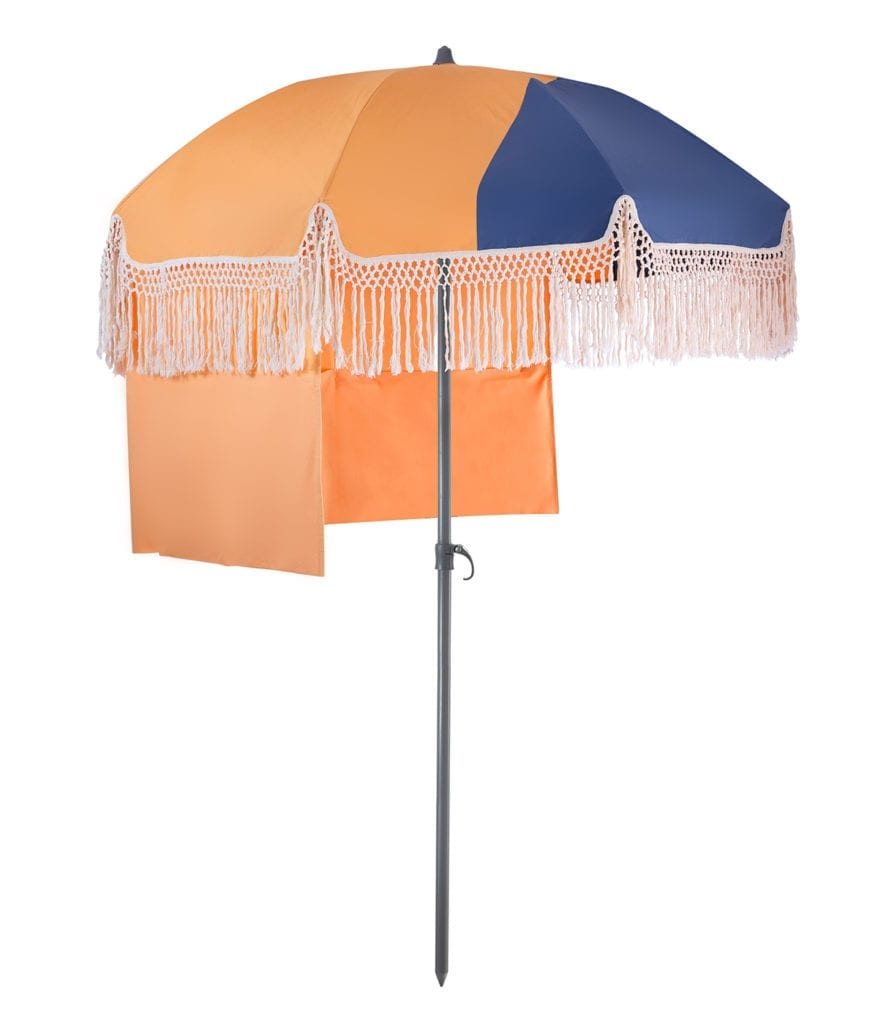 parasol de luxe inclinable sur pied pondichery accessoire. Black Bedroom Furniture Sets. Home Design Ideas