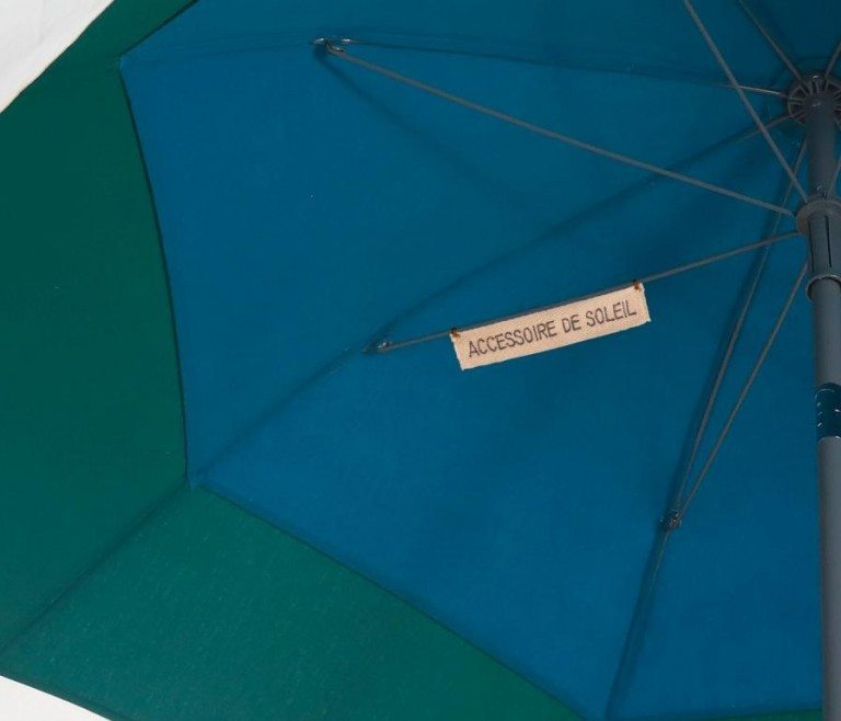 Parasol pas cher Saint-Barth Accessoire de soleil - solide et résistant